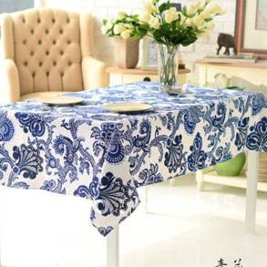 Tablecloths and Table Linens
